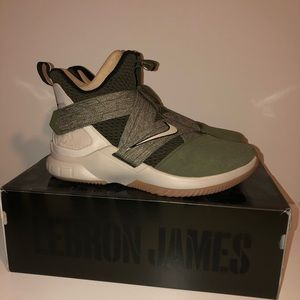 LeBron Soldier 12 Olive Canvas/StringGum